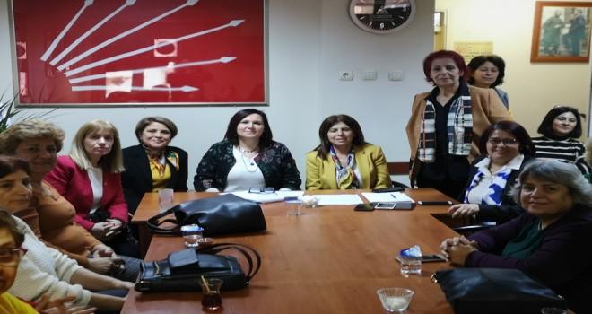 CHP Soma kadınlarda Başkan Demirhan