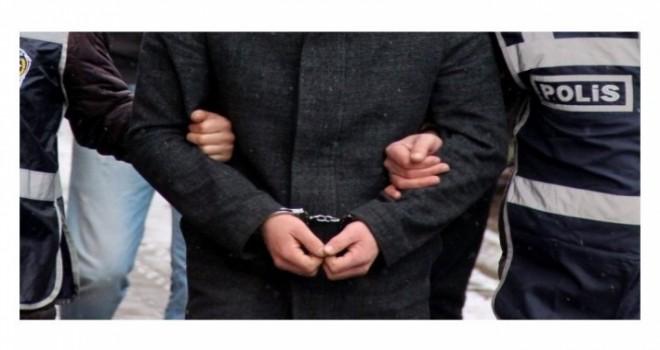 FETÖ operasyonunda 10 kişi tutuklandı