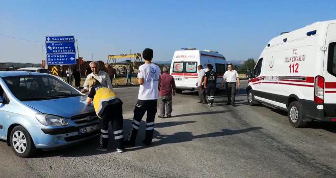 Savaştepe Kavşağındaki Kazada 4 Kişi Yaralandı