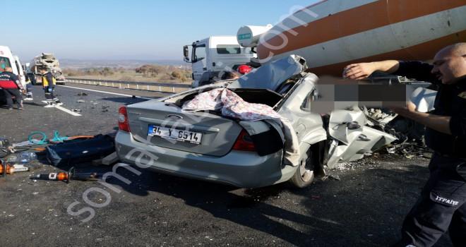 İstanbul Otoyolu Yağcılı Karşısında Kazada 2  Kişi  Öldü